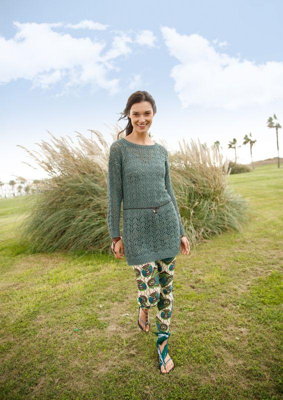 Langer Pullover Tunika mit Lochmuster aus recycelter Baumwolle