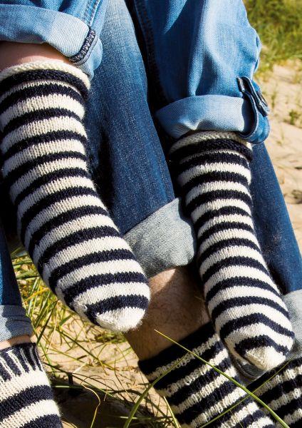 Anleitung Maritim-geringelte Socken für Kinder