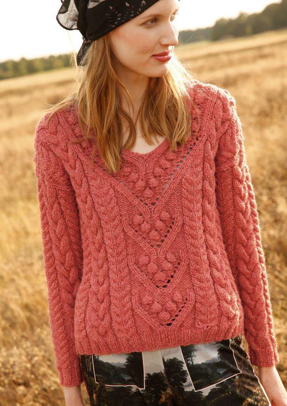 Pullover mit Zoepfen und Noppen