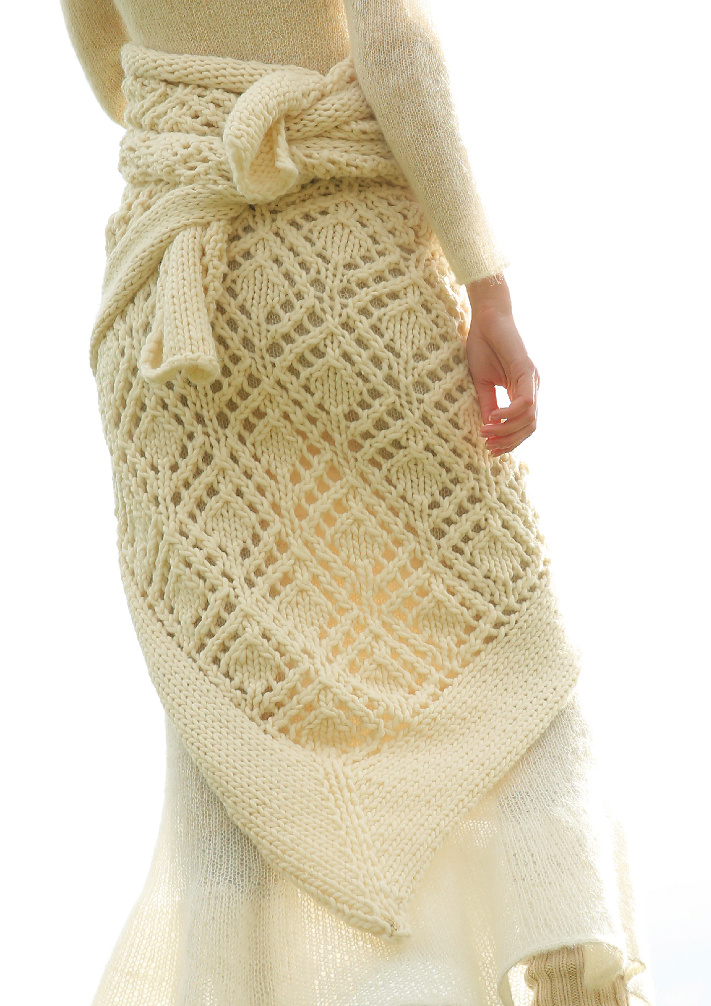 85b21a353126 ... Preview  Triangular shawl with peep-hole pattern ...