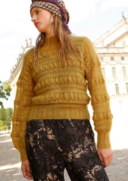 Pullover mit Noppen