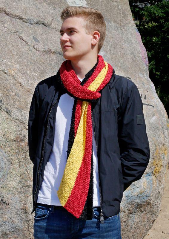 Strickset: Deutschland-Fanschal stricken