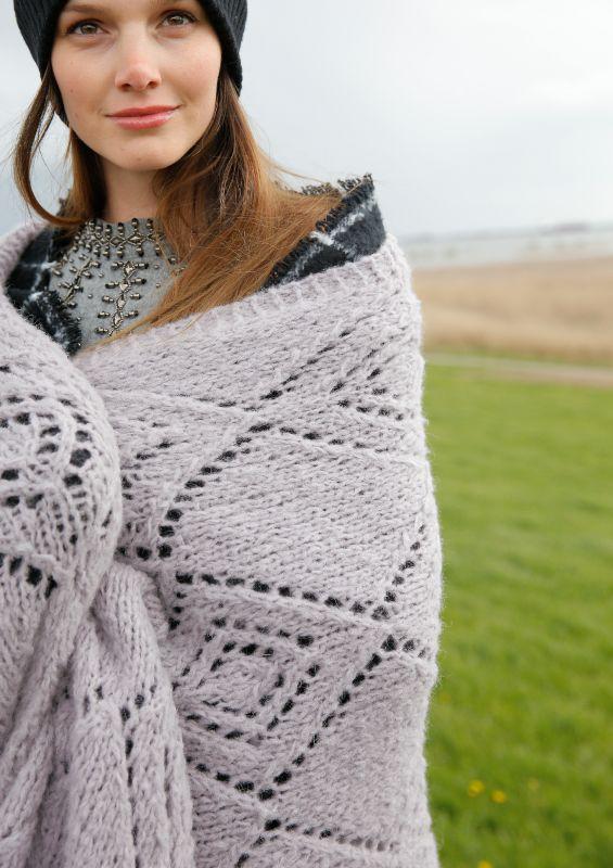 Tuch, Stola, Loop oder Schal selbst stricken | Rebecca