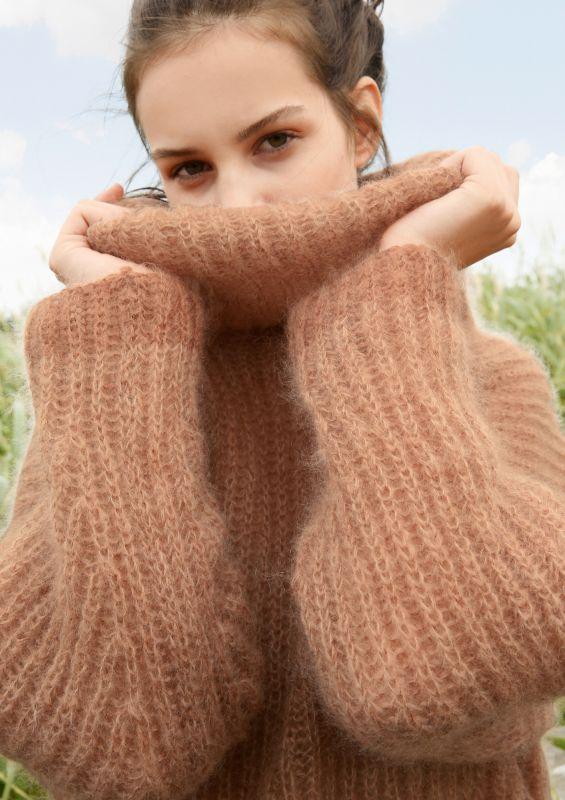 Weiter Pullover aus Mohair stricken