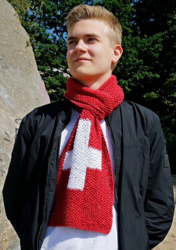 Strickset: Schweiz Fanschal stricken