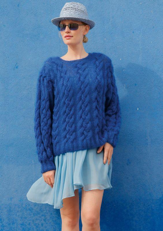 Meeresfarben: Pullover mit Zöpfen
